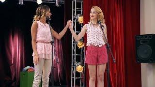 "getlinkyoutube.com-Violetta 3 - Violetta und Ludmila singen ""Más Que Dos"" (Folge 75)"