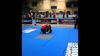 getlinkyoutube.com-No-Gi Jiu-Jitsu Michael DeBiase (Thornwood) vs Bill Cooper (Paragon BJJ) 6/18/2011