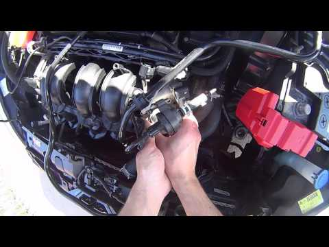 Ford Fiesta mk7 чистка дроссельной заслонки, чистка радиатора двигателя