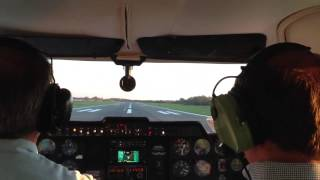 getlinkyoutube.com-Cessna 310 taking off at Leesburg (KJYO)