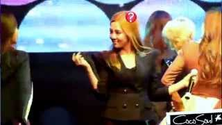 getlinkyoutube.com-SNSD - Funny static hair (Coway concert - Compilation: Genie+The boys+ Oh+ Gee)