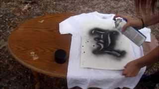getlinkyoutube.com-Bleaching And Spray Painting Shirts