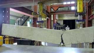 getlinkyoutube.com-Concrete Beam Testing