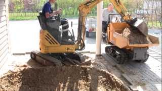 getlinkyoutube.com-New Holland E09SR Digging And Loading Small Dumper