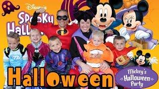 getlinkyoutube.com-Mickey's Halloween Party at Disneyland 2015 + Candy Haul!