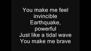getlinkyoutube.com-Skillet: Feel Invincible (Lyrics)