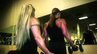 getlinkyoutube.com-Physique Pro Gloria Faulls preps for Toronto with her coach IFBB Pro Bodybuilder Vilma Caez.mov