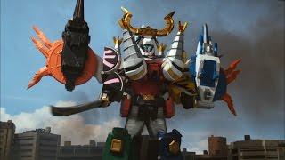 getlinkyoutube.com-Power Rangers Samurai - Battlewing Megazord Debut Fight
