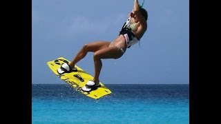 getlinkyoutube.com-Gyrocopter Girl Kitesurfing in Curacao with Girlfriend