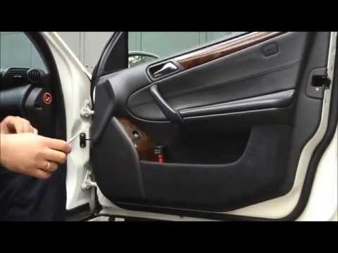 Снятие передней дверной обшивки C-class W203
