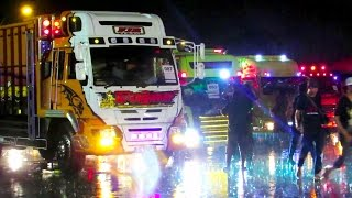getlinkyoutube.com-Parade Lighting Lampu Hias Modifikasi Truk Indonesia - Kontes Akbar Modifikasi Truk (KAMT 2016)
