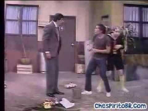 Seu Madruga vs Professor Girafales