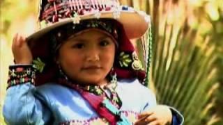 getlinkyoutube.com-Chila Jatun - Ella es música