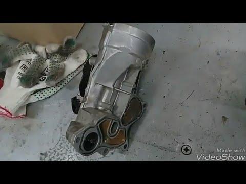 Пежо 308 течь масла из корпуса маслянного фильтра.