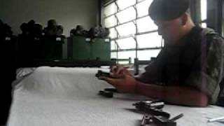 getlinkyoutube.com-desmontagem pistola 9mm