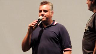 getlinkyoutube.com-Carlos Alberto dublador ( Homer Simpson) Cantando Porco Aranha...