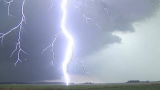 EXTREME Close Lightning in HD compilation!  Loud thunder!