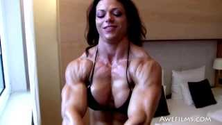 HDPhysiques Presents the FemaleMuscleStore
