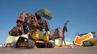 getlinkyoutube.com-Real Life Giant Robot vs $80 Toy Robot (Megabots)