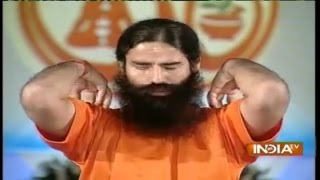 getlinkyoutube.com-Baba Ramdev's Yoga to Cure Slip Disc and Back Pain