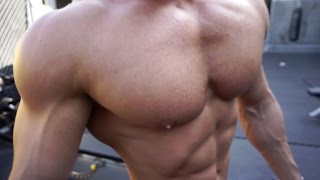 getlinkyoutube.com-Outdoor Chest and Shoulder Workout Golds Gym Venice