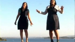 getlinkyoutube.com-Andreia & Adriana - Sintonia com Deus
