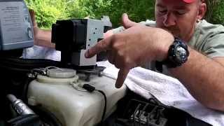 getlinkyoutube.com-Mercedes ABS pump removal/replacement