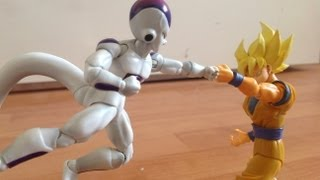 getlinkyoutube.com-Frieza Vs Goku Stop Motion dragon ball Part 1