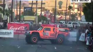 getlinkyoutube.com-Robby Gordon SPEED ENERGY HUMMER   2011 Baja 500   Start & Finish