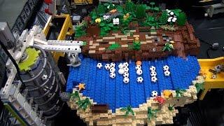 getlinkyoutube.com-World's longest LEGO great ball contraption / Rube Goldberg – Brickworld Chicago 2015