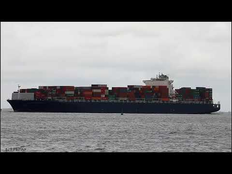 Click to view video LLOYD DON PASCUALE - IMO 9318101 - Germany - River Elbe - Otterndorf