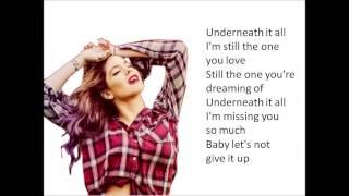 getlinkyoutube.com-Martina Stoessel - Underneath it all (Lyrics)