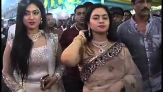 getlinkyoutube.com-কুমারী পুজায় কুমারীর সাথে অপু বিশ্বাস (Apu Biswas in Durga Puja)
