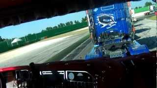 getlinkyoutube.com-Raduno misano adriatico sfilata con scania Flli Acconcia Dark Diamond