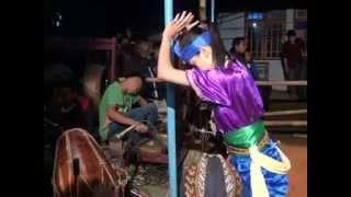 getlinkyoutube.com-Jathilan Putri Wahyu Turonggo Mudo (tari ndadi)