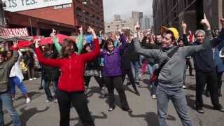 VIDEO: There was a &apos;Glee&apos; flashmob in Seattle on Saturday