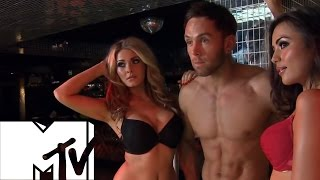 getlinkyoutube.com-Sexy Photographs - The Valleys | MTV