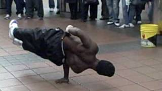 getlinkyoutube.com-Subway break dance Part 1