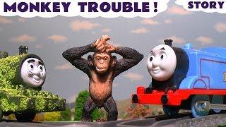 getlinkyoutube.com-Thomas and Friends funny animal prank with Toy Trains for kids Tom Moss fun pranks ToyTrains4u