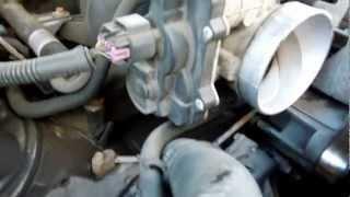getlinkyoutube.com-2004 GMC Yukon XL 1500 5.3L Throttle Body, Throttle Position Sensor TPS, Idle Air Control IAC