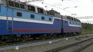 getlinkyoutube.com-Поезд СПб-Ташкент (Прибытие/Смена лок-ва/Отправление)