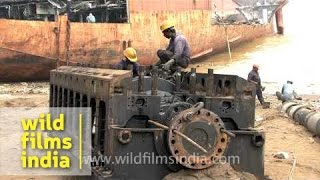 getlinkyoutube.com-The demolition site, Alang