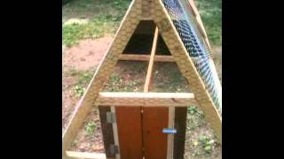 getlinkyoutube.com-How to build a Chicken Tractor Coop Easy, Fun, & Portable!