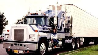 getlinkyoutube.com-Sweet Old Mack Trucks: Gallery of Mack Truck Pictures