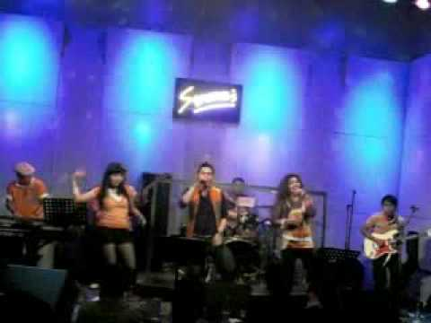 brown inc. band - Elvis medley & I love Rock & Roll