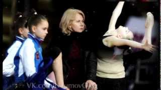 getlinkyoutube.com-Averina Dina and Arina  Rhythmic gymnastics Russia 1998