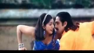getlinkyoutube.com-Malayalam Actress Navya Nair Clevage show