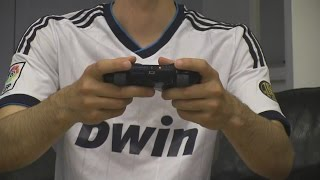 getlinkyoutube.com-Cristiano Ronaldo vs. Messi - Play FIFA 15 | In Real Life!