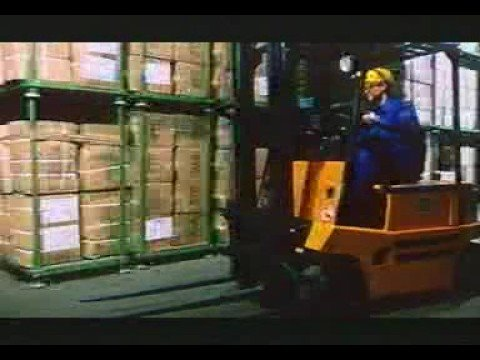 Fork Lift Driver Klaus - The first day on the Job