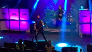getlinkyoutube.com-Bullet for my Valentine Live - Intro and No way out